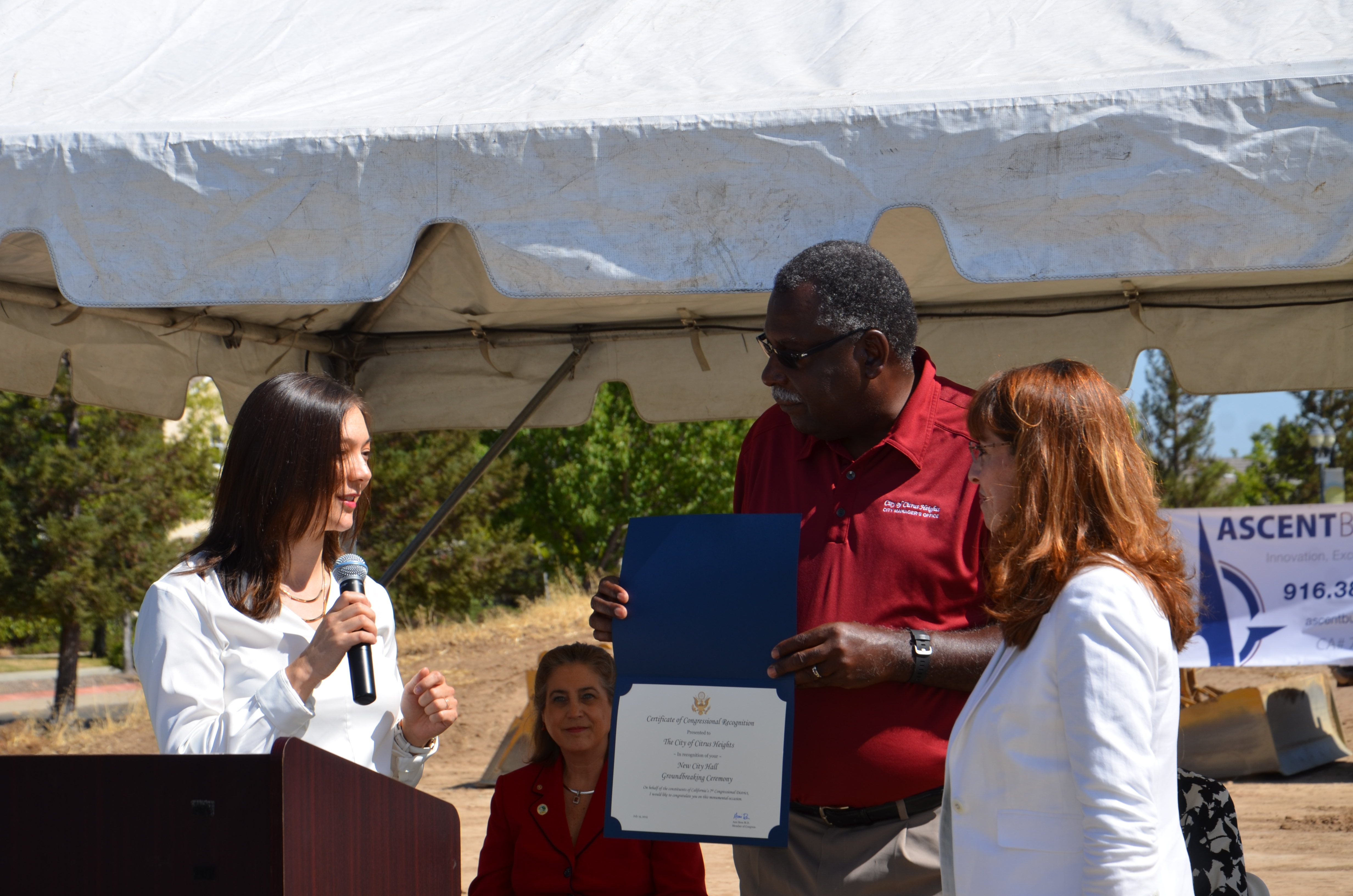 The Certificate of Congressional Recognition is presented to the City of Citrus Heights
